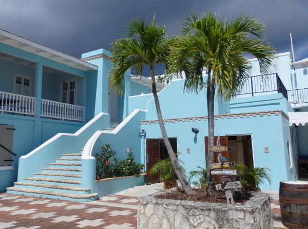 Building Near Restaurant 69 in Frederiksted
