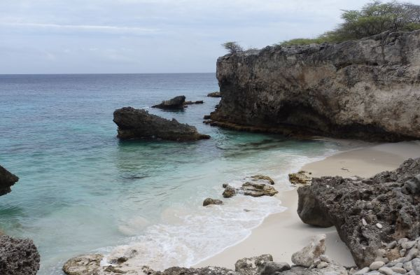 Beach in Bonaire for swimming, snorkeling, diving, and picnic