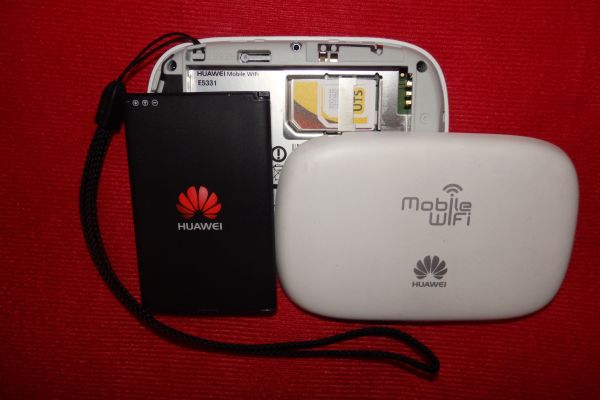 Huawei E5331 Mobile Wi-Fi Device (Unlocked)