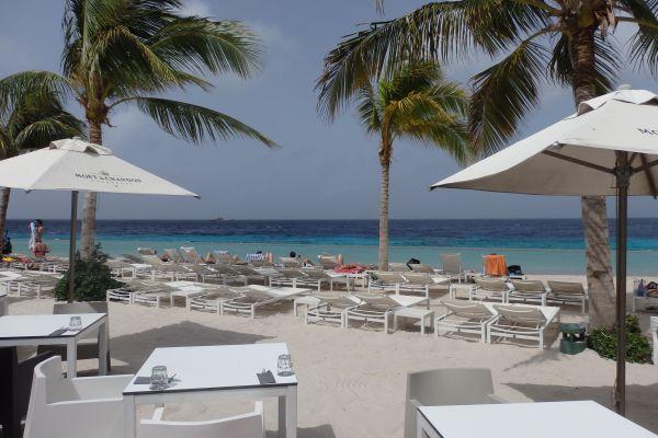 Jan Thiel Beach in Paragayo Resort