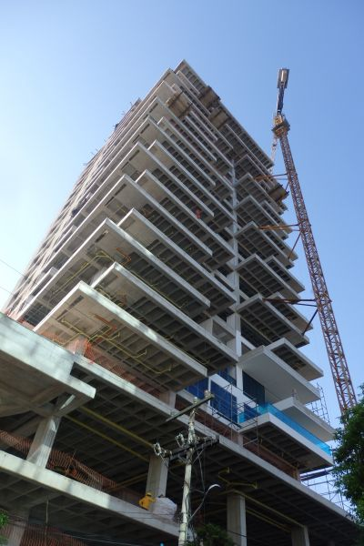 Condo/Hotel Building Construction in Santa Marta