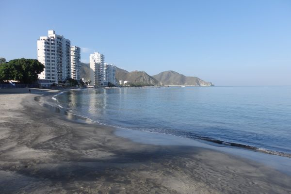 Santa Marta Beach: Sand is dark because of a coal mine near.