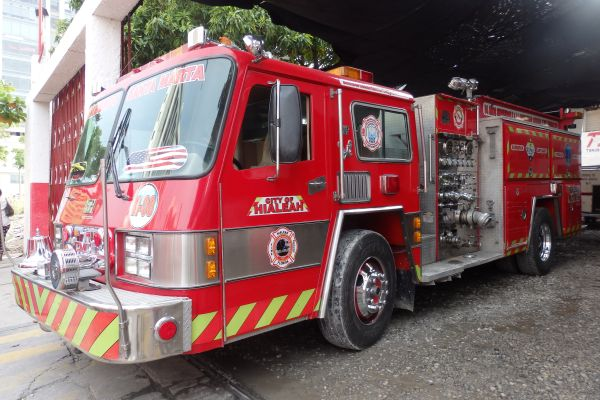 A Santa Marta Fire Truck Came from 'City of Hialeah' (Maimi, Florida)