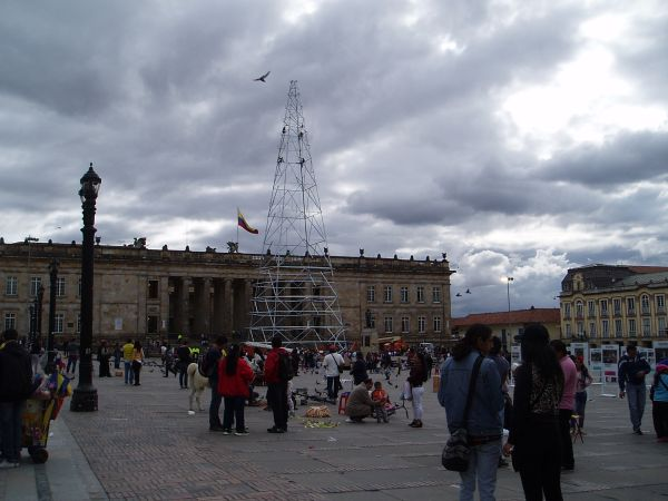 Bolivar Plaza in Bogota, Building a Christmas Tree