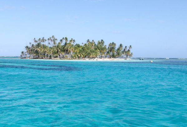 BBQ Island, Eastern Holandes Cays, San Blas/Panama