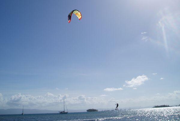 John Jumping Kite boarding at Yansaladup, Eastern Lemmon Cays, San Blas/Panama