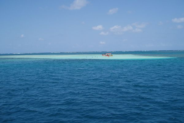 Sandbar Near Yansaladup, Eastern Lemmon Cays, San Blas/Panama