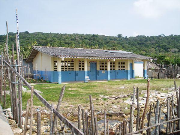 School in Pinos Island