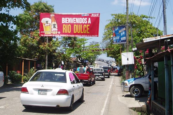 Easter Holiday Traffic to the Rio Dulce, Guatemala