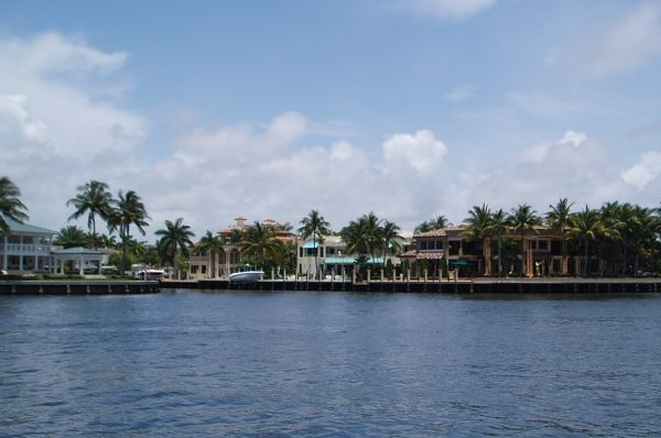 View of Houses from North Side Anchorage of Las Olas Bridge, Fort Lauderdale, FL, USA
