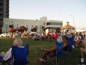 Saturday Summer Concert, Jaycee Park, Morehead City, North Carolina, USA