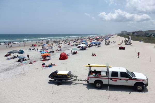 4th of July Holiday Crowd, Wrightsville Beach, North Carolina, USA